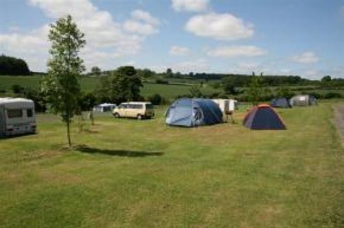 sytche-caravan-camping-park-3-500-500